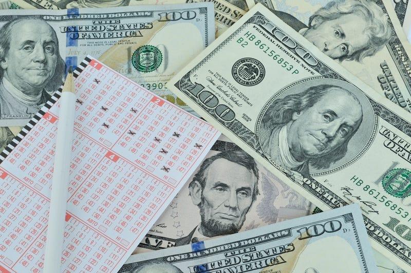 Lotere membayar dividen besar untuk negara
