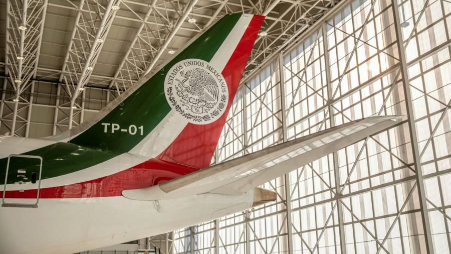 Undian pesawat menunjukkan perawatan kesehatan adalah lotre di Meksiko