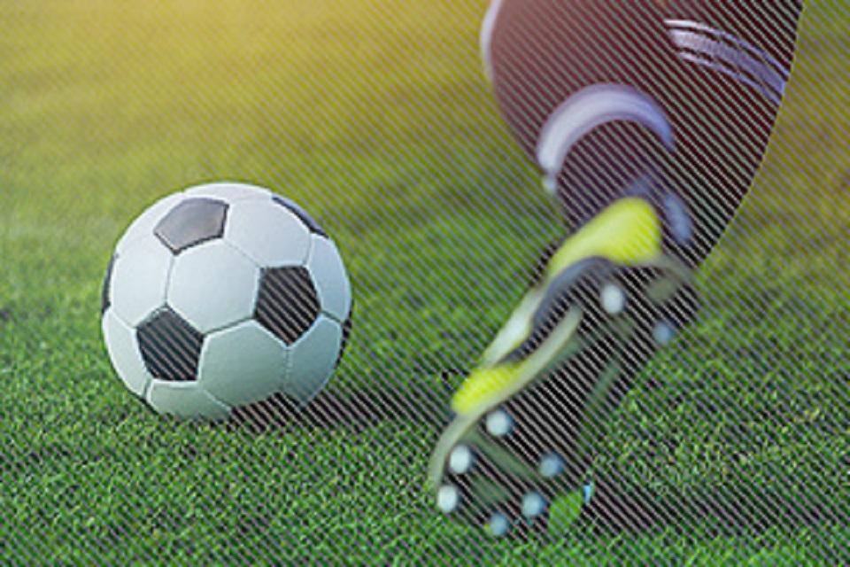 £ 10 juta seumur hidup dari Lotere Nasional untuk sepak bola Liga Nasional diumumkan oleh Sekretaris Kebudayaan