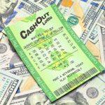 Man Membuang Tiket Lotere Hampir Kehilangan Kesempatan Dengan $ 100K