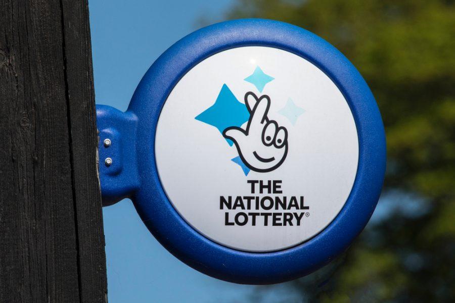 Nigel Railton mendapat kecaman politik atas larangan lotere u-18