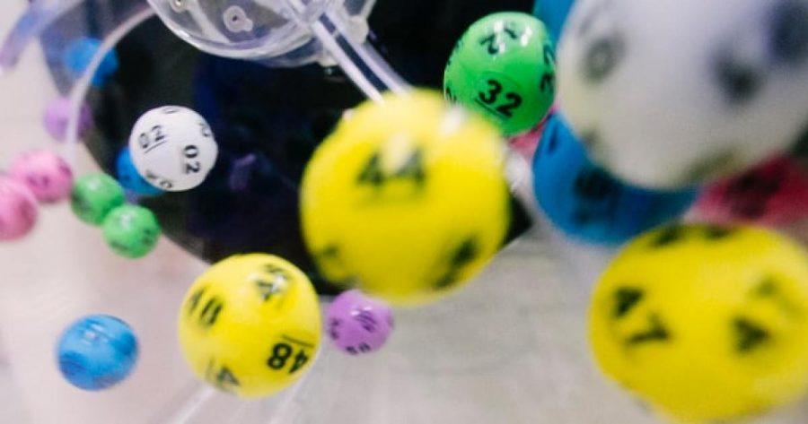 Pengadilan Carolina Selatan Mengarungi Privasi Pemenang Lotere | WFAE 90.7