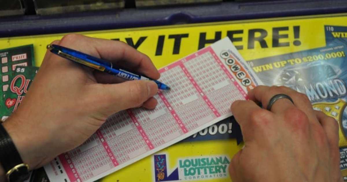 Pengundian lotere menghasilkan $ 8,8 juta dalam bentuk kemenangan di bulan Maret; pemenang gosok mengklaim $ 22,2 juta