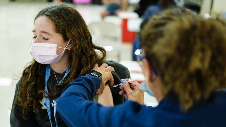 Lotre vaksin California: Warga bereaksi terhadap peluang mereka memenangkan hadiah uang hadiah $ 116,5 juta