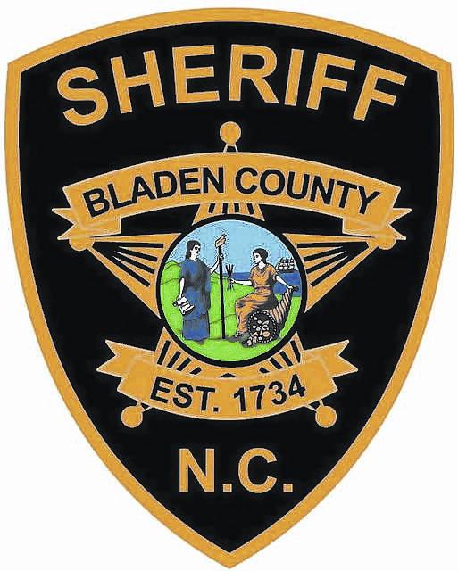 Kantor Sheriff Bladen County mengeluarkan surat perintah untuk tiket lotere yang dicuri