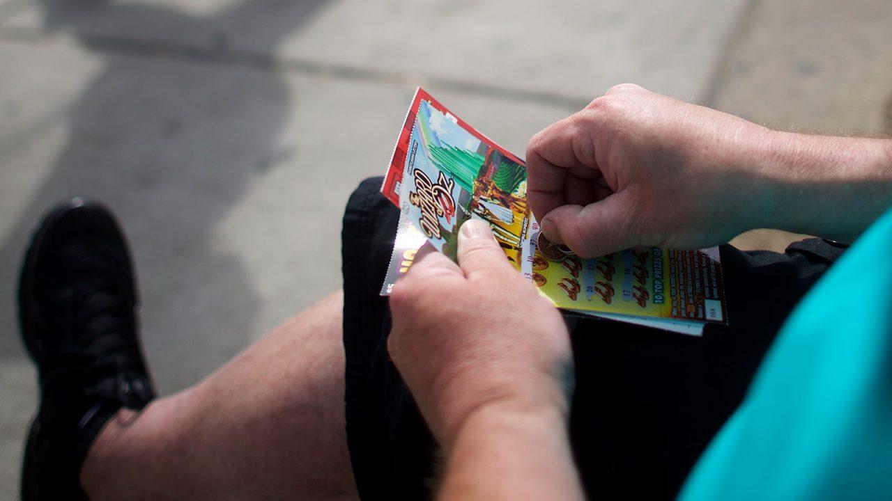 Hadiah gosok Lotere PA senilai $ 212 juta diklaim pada bulan Oktober