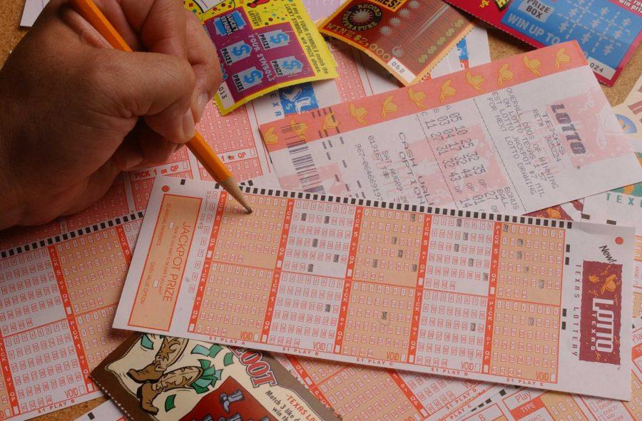 Tiket lotere Texas Two Step senilai $ 400.000 dijual di San Antonio