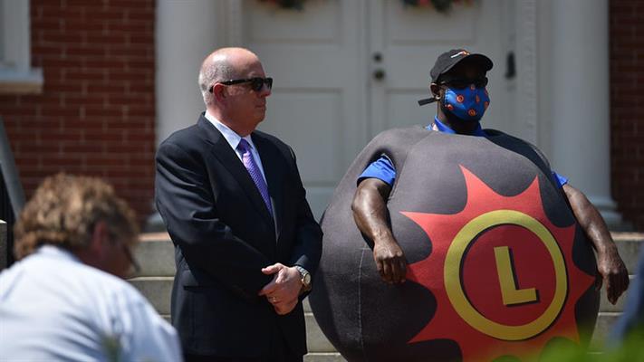 Maryland memegang lotere $ 2 juta untuk penduduk yang divaksinasi COVID